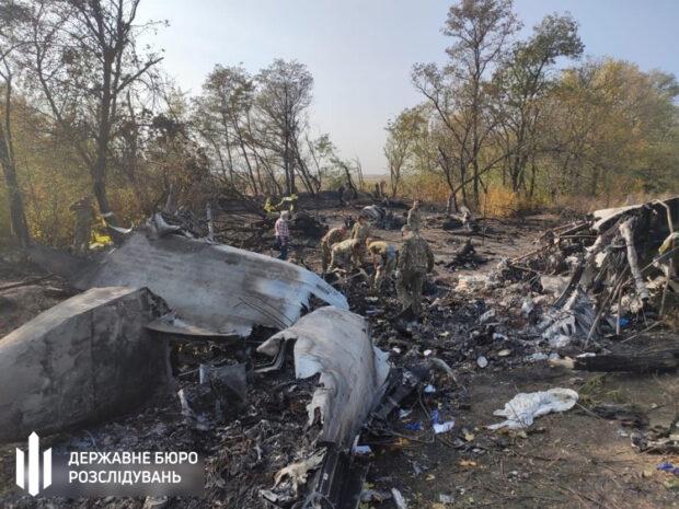Авиакатастрофа Ан-26: родственникам начали выдавать тела погибших