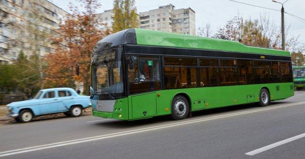На Северной Салтовке начали курсировать троллейбусы с автономным ходом