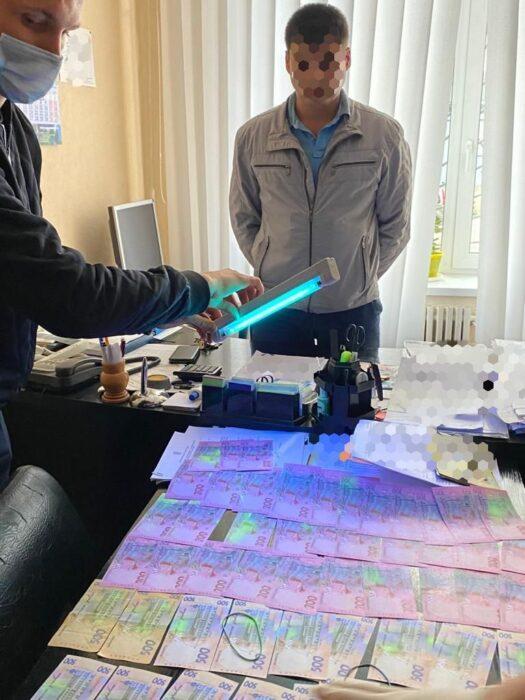 Проректора одного из университетов Харькова поймали на взятке