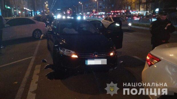 В центре Харькова водитель автомобиля сбил четырех пешеходов