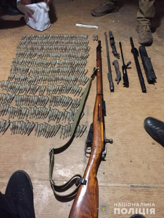 В Харьковской области мужчина хранил винтовку и патроны на территории очистных сооружений