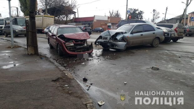 В Харькове в результате аварии пострадало четыре человека