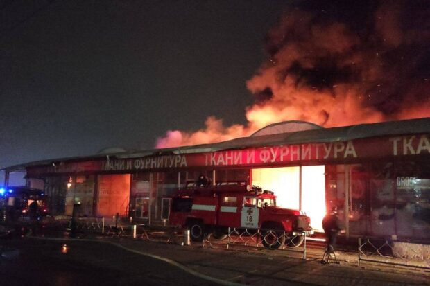 В масштабном пожаре на «Барабашова» сгорело 25 магазинов (видео)