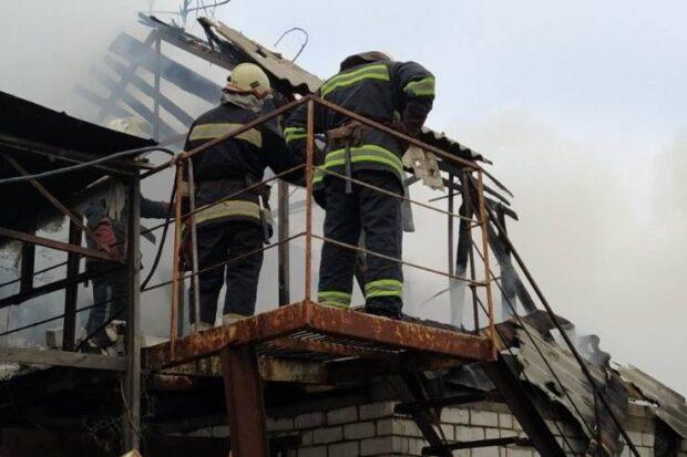 В Харькове сгорел частный жилой дом