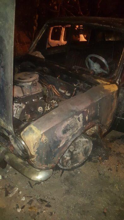 В Харькове из-за неисправности топливной системы сгорел автомобиль