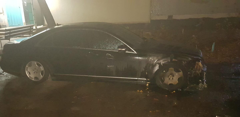 В Солоницевке ночью сгорело два автомобиля