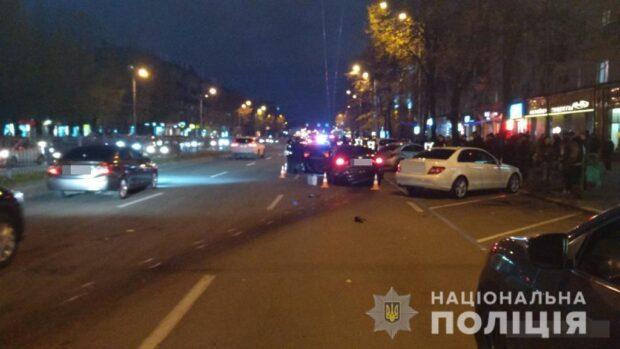 Автомобиль сбивший четырех пешеходов в центре Харькова ехал со скоростью 120 км/час