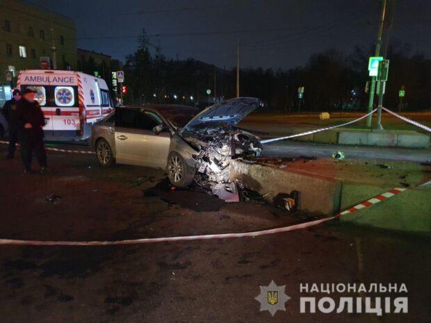 В Харькове в результате аварии погибла 25-летняя пассажирка автомобиля