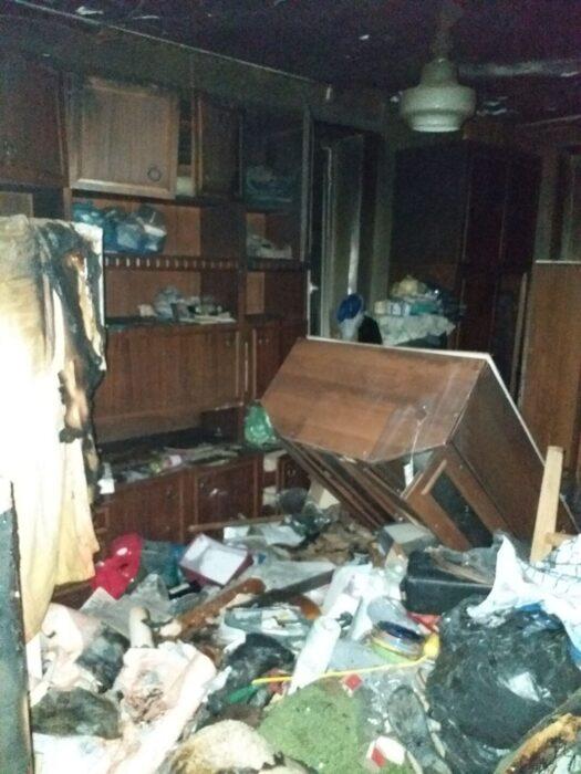 В шестнадцатиэтажном доме в Харькове горела квартира