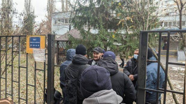 Всех подозреваемых в нападении на автобус «Патриотов за жизнь» выпустили из СИЗО