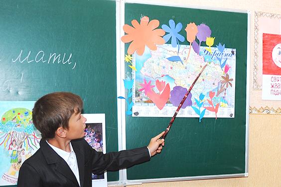 В 78% школ и 88% детских садов на Харьковщине обучение проходит на украинском