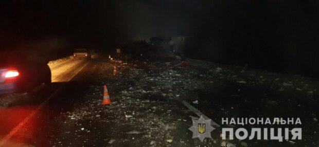 В Харьковской области в результате столкновения грузовиков погиб водитель