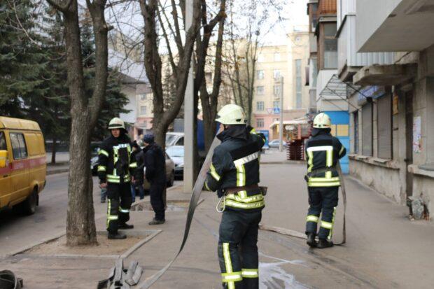 В центре Харькова в жилом доме произошел пожар