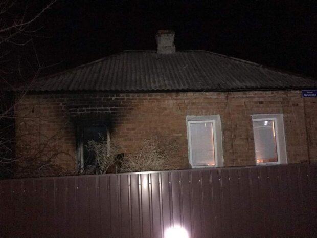 В Харькове из-за обогревателя загорелся частный дом
