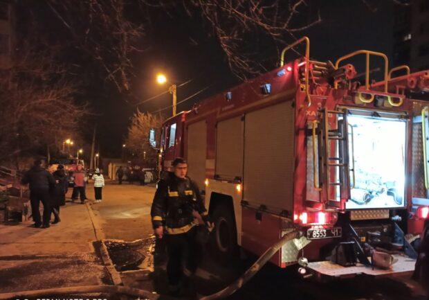 В Харькове горела квартира многоэтажного дома: в лифте нашли тело женщины