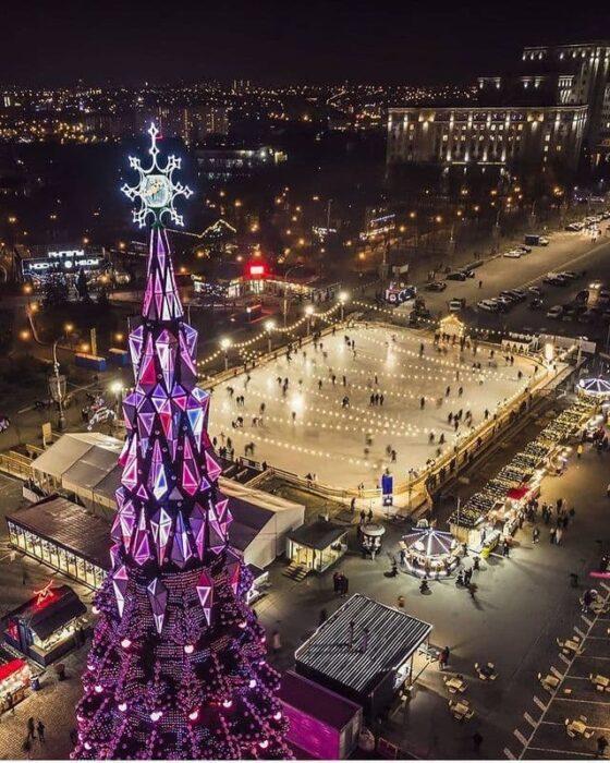 Мэрия Харькова потратила 12,5 млн гривен на украшения города к новогодним праздникам - ХАЦ