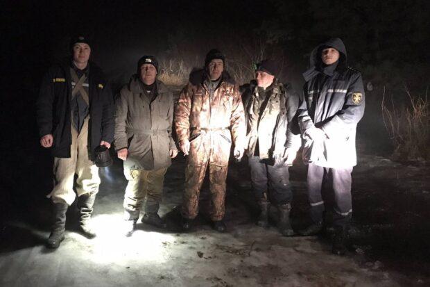 В Харьковской области рыбаки из-за густого тумана заблудились на льду