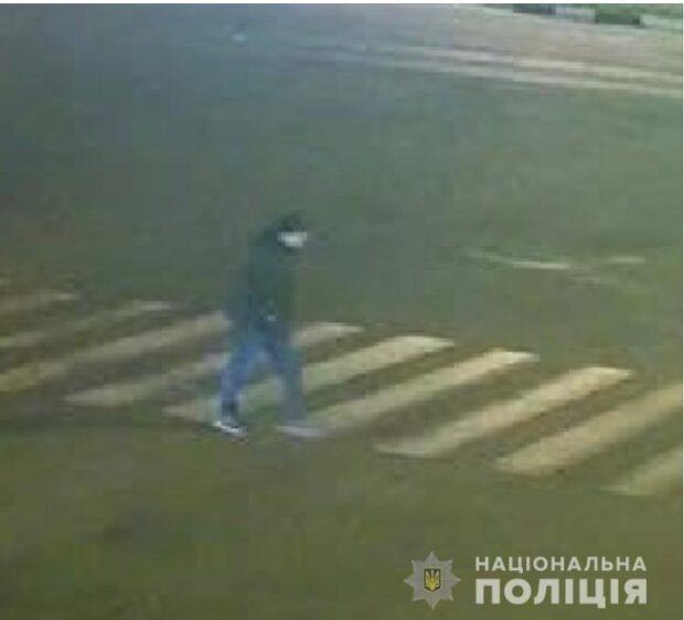 В Харькове ищут мужчину, который подозревается в изнасиловании девушки