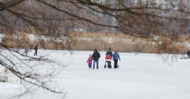 Харьковчан просят на выходить на тонкий лед