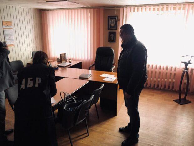 В Харьковской области полицейский и адвокат вступили в сговор, чтобы получить взятку - прокуратура