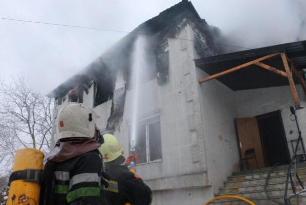 Лечение пострадавших и похороны погибших на пожаре в доме престарелых оплатит город