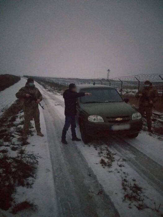 На Харьковщине россиянин пытался незаконно пересечь границу, чтобы отпраздновать с родственниками Рождество