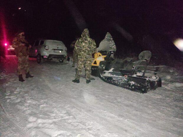 В Харьковской области у нарушителя границы изъяли купленный в РФ снегоход