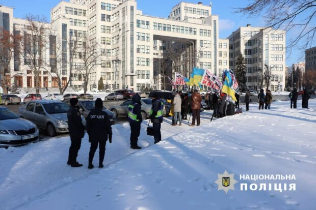 В Харькове устроили автопробег против работы коксохимического завода
