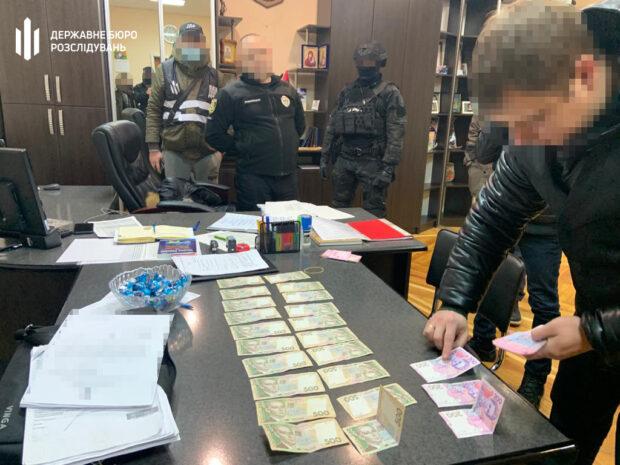 В Харьковской области подполковника полиции задержали на взятке