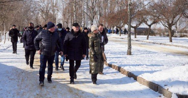 Сквер возле Основянского озера реконструируют