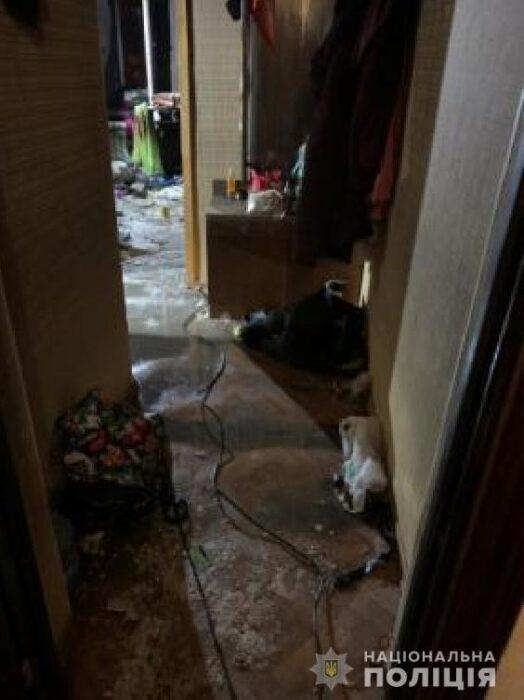 В полиции рассказали детали пожара в пятиэтажке Харькова: женщину пытались убить, а потом подожгли квартиру