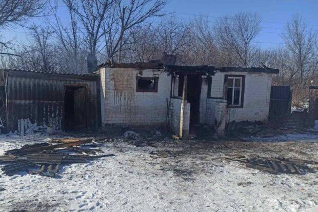 В Харьковской области горела летняя кухня: на месте пожара обнаружили обгоревшее тело хозяина дома