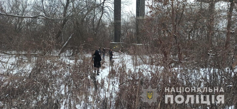 На месте гибели пропавшего подростка в Харькове продолжаются следственные действия