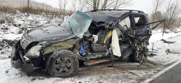 В Харьковской области в результате аварии при участии трех автомобилей пострадал один из водителей