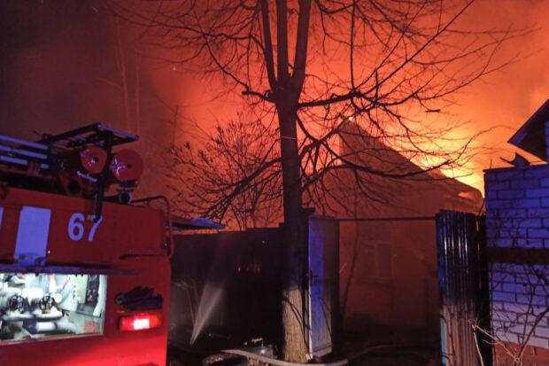 Под Харьковом из-за короткого замыкания произошел большой пожар