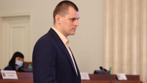 Депутат Харьковского облсовета от партии Порошенко отказался на сессии выступать на украинском языке