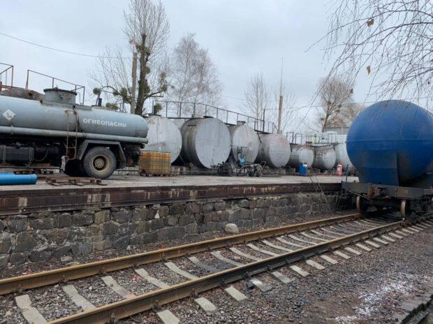 В Харьковской области нашли около 200 тонн подпольно изготовленного топлива