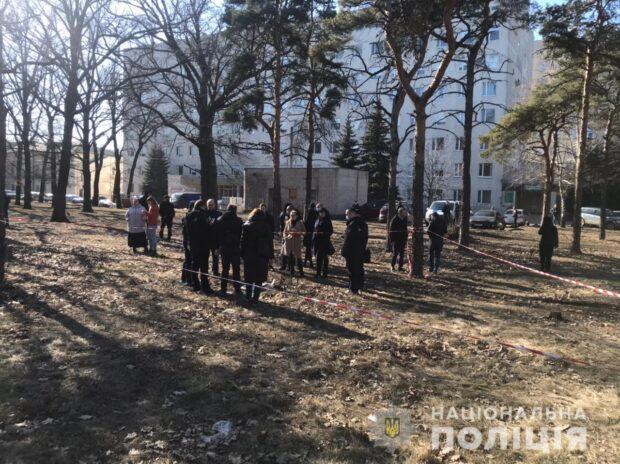 В Харькове на территории больницы обнаружили труп младенца, который погиб несколько месяцев назад