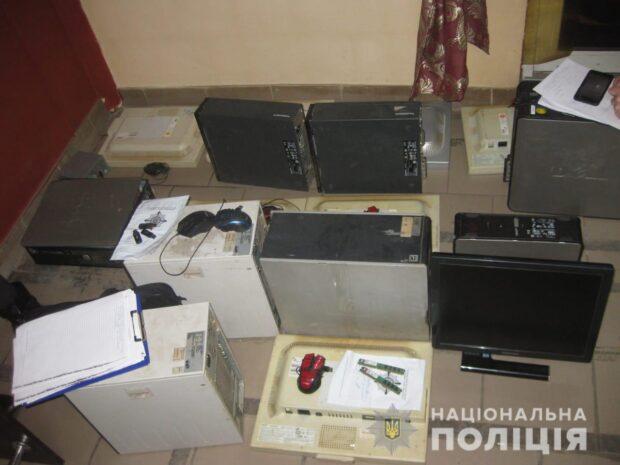 В Харькове прикрыли два нелегальных казино