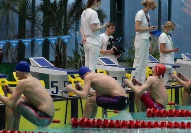 Харьковские пловцы завоевали победу на чемпионате Украины и установили рекорды