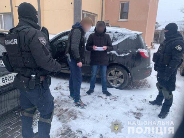 В Харьковской области задержали членов межрегиональной группировки, которые обворовывали автомобили и дома