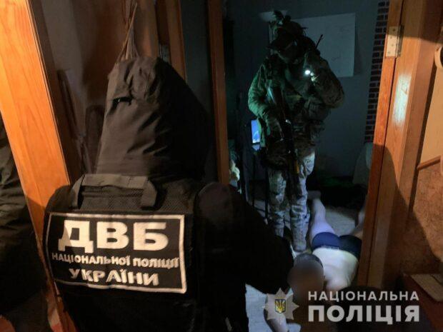 Харьковчанину, который угрожал патрульным полицейским, вручили подозрение