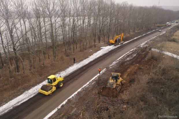 Начат капитальный ремонт автомобильной дороги местного значения «Дергачи-Пятихатки»