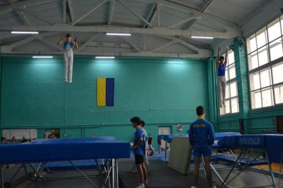 Команда Харьковской области победила на чемпионате Украины по прыжкам на батуте