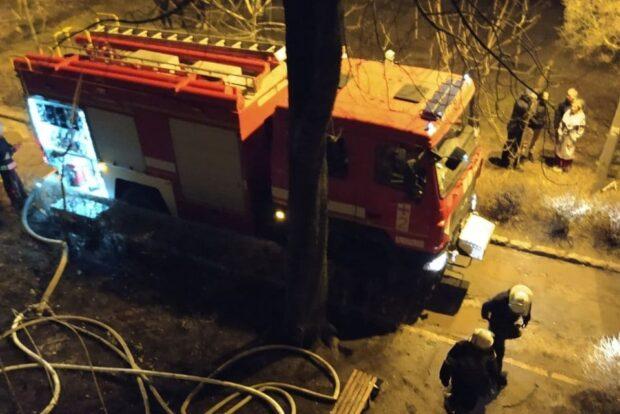 В Харькове в жилом доме горел балкон