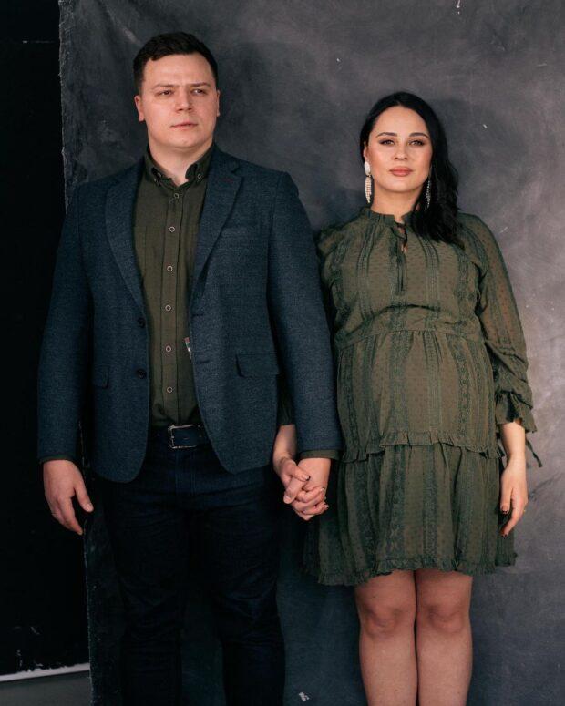Харьковчанин, жена которого умерла в роддоме, просит Илона Маска изобрести машину времени