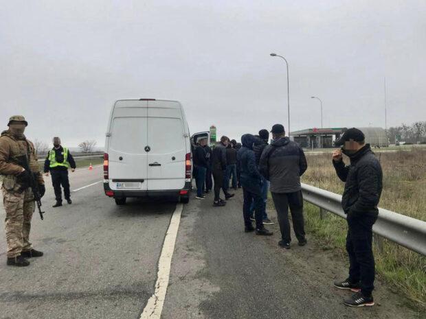 СБУ задержала автобусы с «титушками» на Харьковщине: хотели дестабилизировать ситуацию
