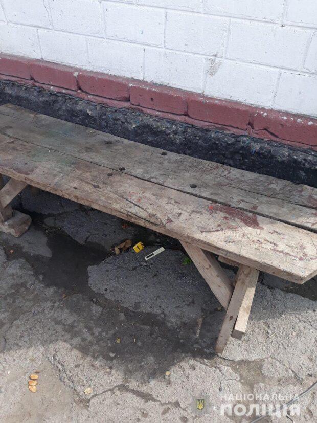 В Харьковской области в результате поножовщины два человека в тяжелом состоянии попали в больницу
