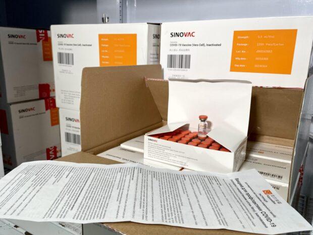 В Харьков доставили вакцину CoronaVac