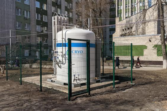 На выходных в больницах Харьковской области к поточному кислороду подключили 120 коек